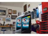 Valvoline VR1 Racing Synthetic SAE 20W-50 Motor Oil Photo 5
